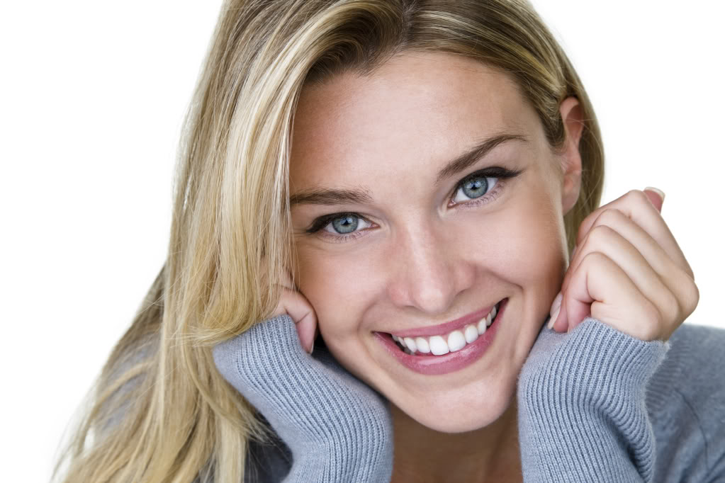 Difference between porcelain crowns and veneers | austin, tx